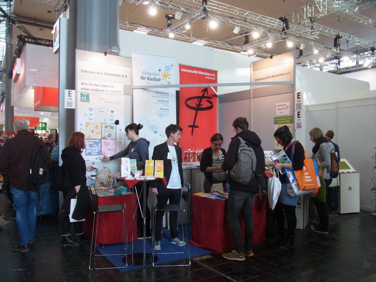 Identitätenlotto auf der didacta 2018 in Hannover!